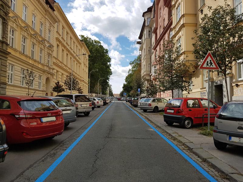 Modré parkovací zóny v Brně